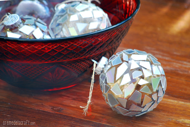 10 Christmas Ornaments You Can Make With Your Kids   Christmas Ornaments, Christmas Ornament Projects, DIY Christmas Ornaments, Kid Friendly Crafts, Kid Friendly DIY Crafts, Ornament Crafts, Christmas Crafts, Christmas Crafts for Kids