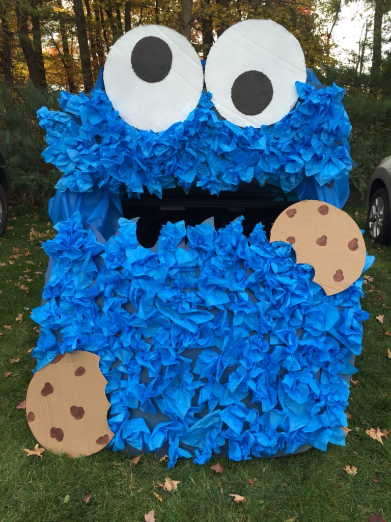 12 Trunk-Or-Treat Ideas You Can Create Seriously Fast   Trunk or Treat, Trunk or Treat Ideas, Halloween Ideas, Trunk or Treat Hacks, DIY Trunk or Treat, Trunk or Treat Decor, DIY Home Decor, Halloween Decor, Trick or Treat
