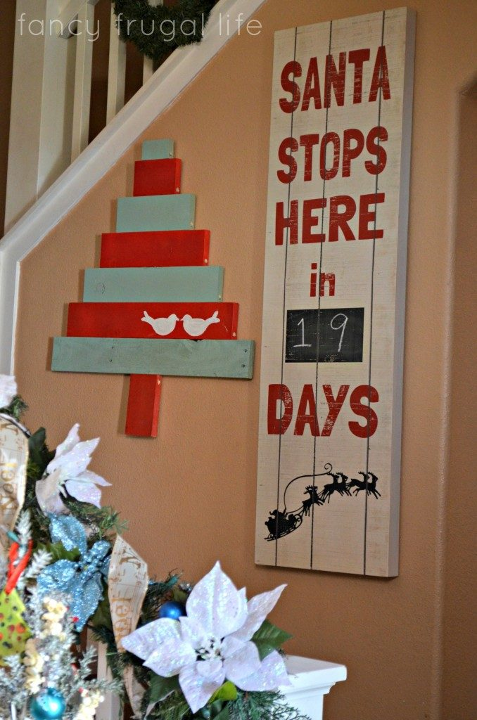10 Pallet Repurpose Projects for Christmas | Pallet Projects, Pallet Projects for Christmas, Holiday Projects, Christmas Projects, DIY Christmas Projects, Holiday Pallet Projects