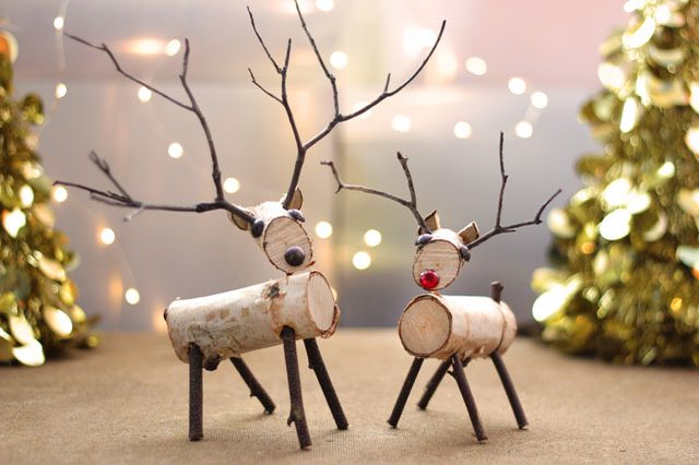 Birchwood Decor for the Holiday Home  Holiday Decor, Birchwood Holiday Decor, Christmas Decor, Christmas Decor DIYs, Decorating with Birchwood, Birchwood Crafts