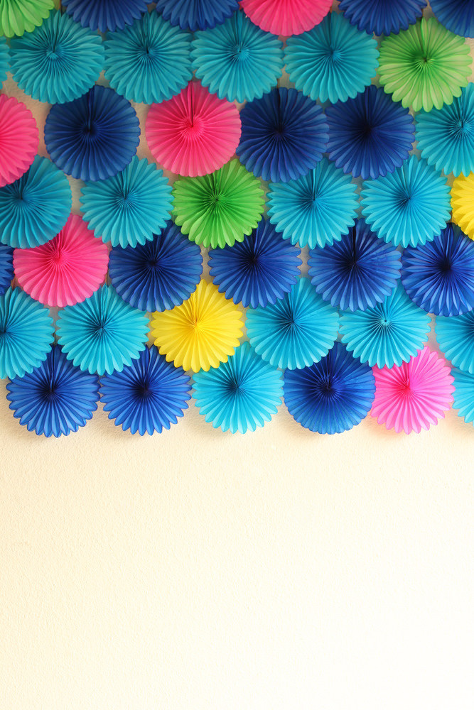 Make A Party Backdrop for ANY Event| Party Backdrops, DIY Party Backdrop, Party Ideas, DIY Party Decor, Customizable Party Decor, Party Decor for Any Event, DIY Party Backdrops, Party Backdrops for Any Event, Party Hacks, Easy Party Backdrop Ideas