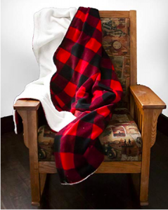 Buffalo Plaid | Buffalo Plaid Ideas | DIY Buffalo Plaid | Combat Holiday Blues | Holiday Blues | Buffalo Plaid Items | Tips and Tricks to Get Rid of Holiday Blues