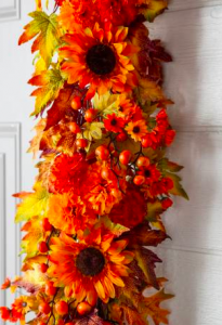 Fall Garland | Fall Garland Ideas | DIY Fall Garland | Fall Decorations | Fall Decor | DIY Fall Decor | Fall | Decorations | Garland