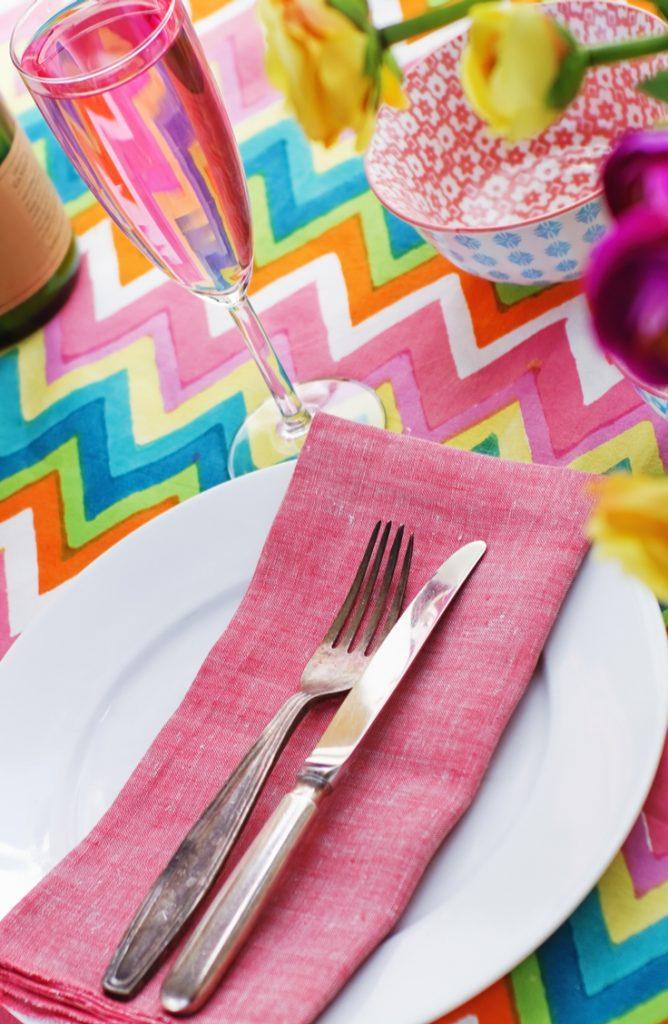 table settings | spring | spring table settings | spring decor | spring table | decor | decorations