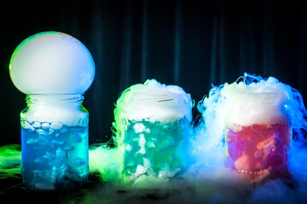 dry ice | Halloween | Halloween displays | Halloween displays made with dry ice | Halloween decor