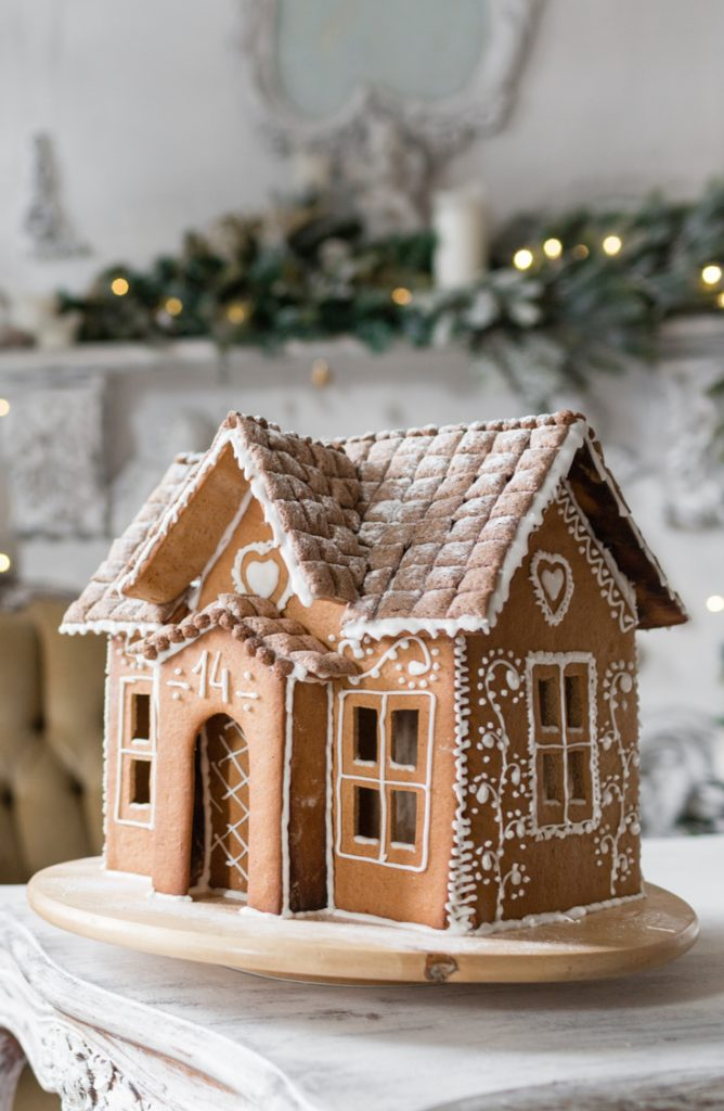 Do you know the history behind gingerbread houses? If you want to know that, some delicious gingerbread recipes, and fun ideas on gingerbread houses, look here!
