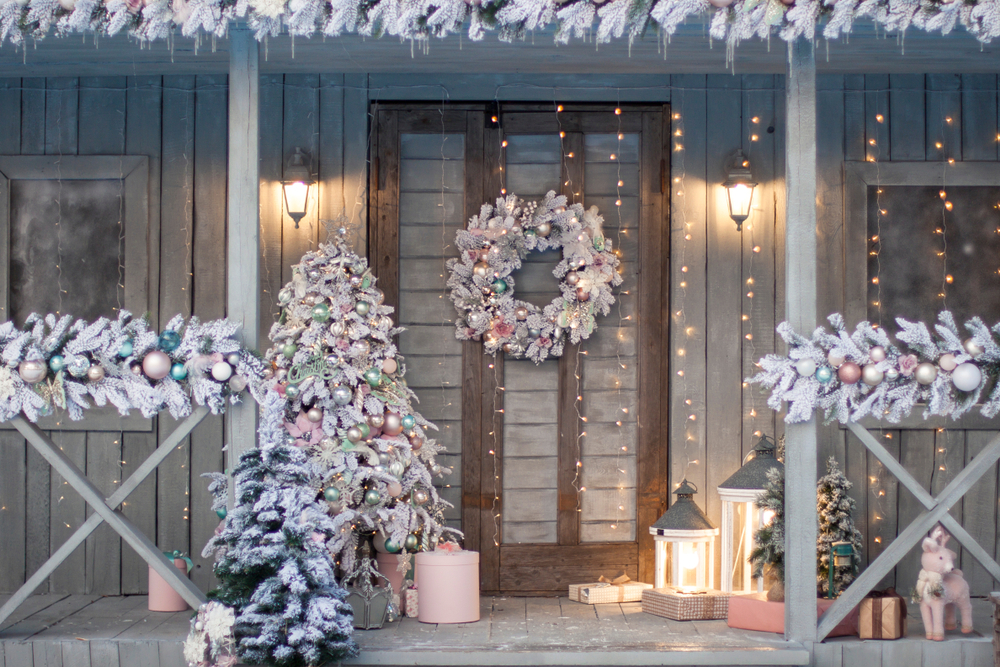 There is something so magical about a porch being decorated for Christmas. I love the colors used on this porch. For more Christmas porch decorating ideas, look here!