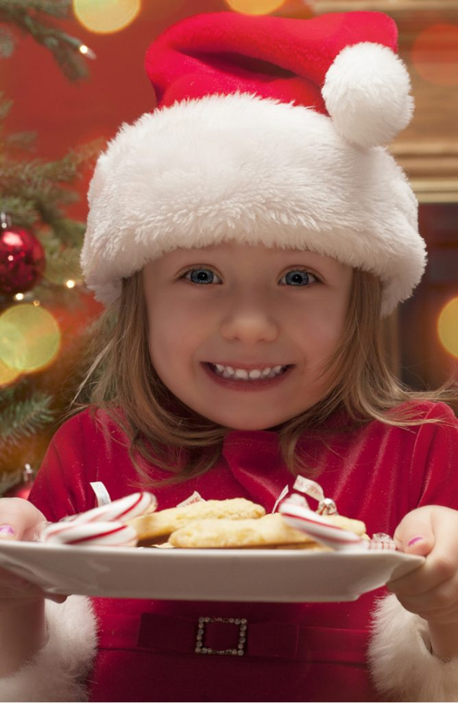 Want to know a secret to having a success Christmas caroling outing? Bring treats! Here are the best Christmas caroling ideas.