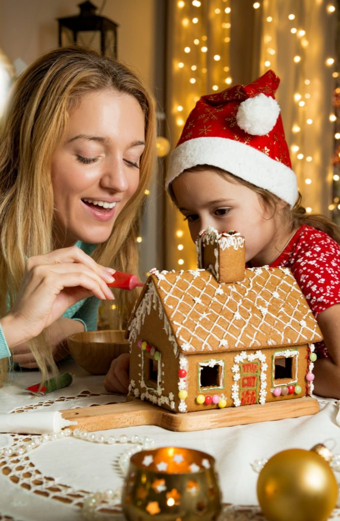 If you're looking for a fun activity to do this holiday season with your family, why not make gingerbread houses? Here are some amazing gingerbread house ideas to try!