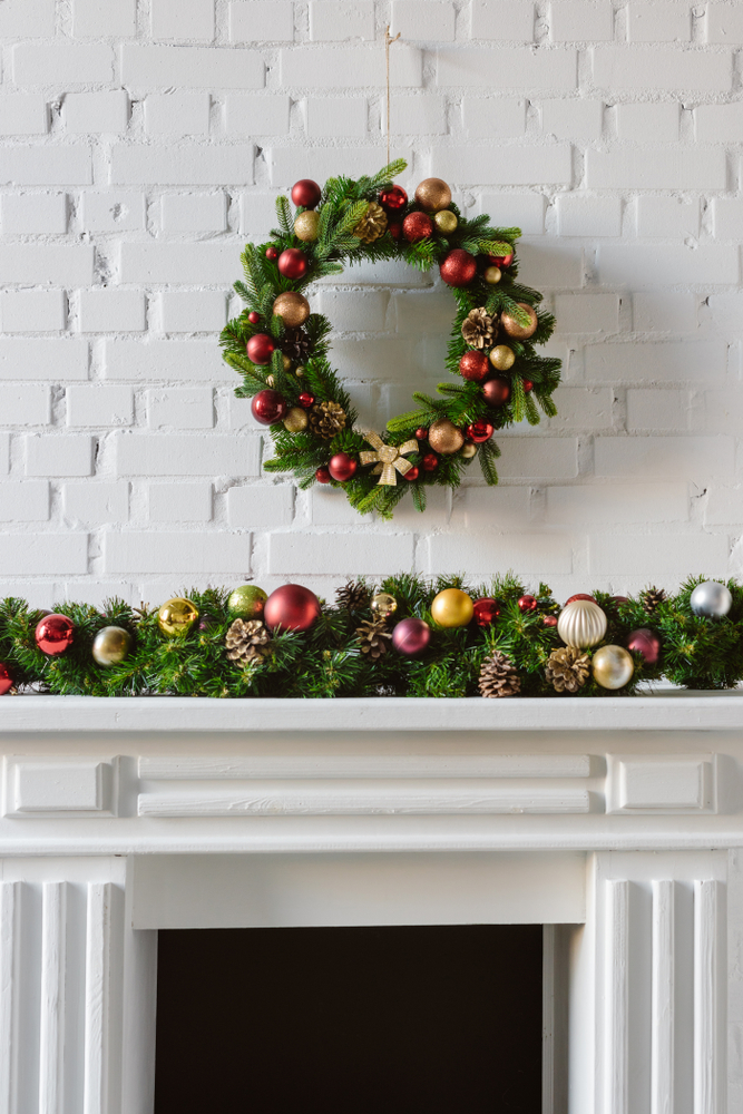 Having a cute garland on your mantel is a staple for Christmas. These mantel Christmas decor ideas will have your home feeling festive in no time.