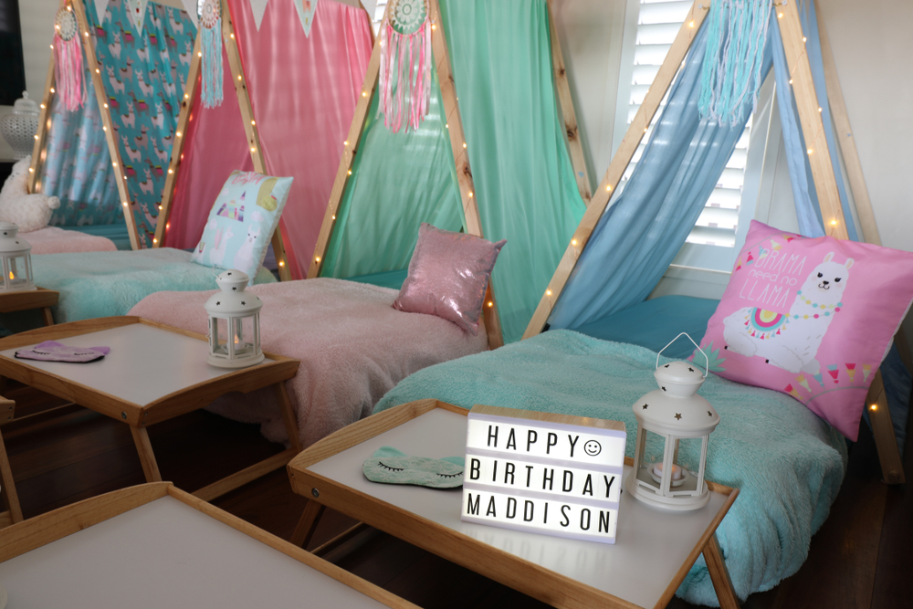 If your kid wants a camping themed party, you're in luck. These camping theme birthday party ideas are amazing! These ideas work for both the indoors and outdoors.