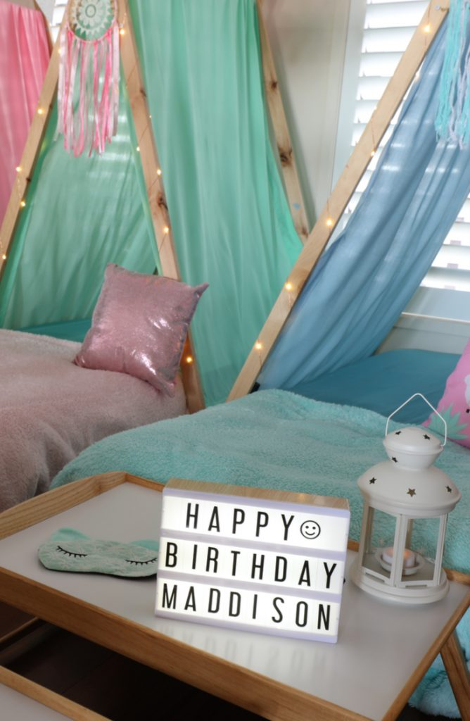 If your kid wants a camping themed party, you're in luck. These camping theme birthday party ideas are amazing! The kids will have so much fun.