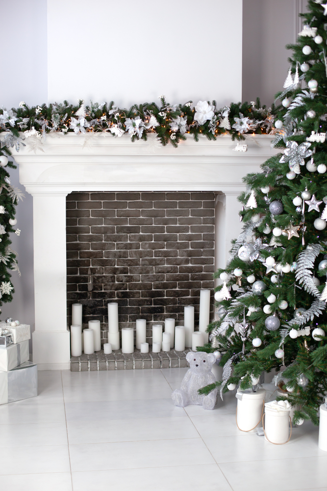 Silver is a classic Christmas color. I love decorating with it all around my house. These mantel Christmas decor ideas will get you so excited for Christmas.