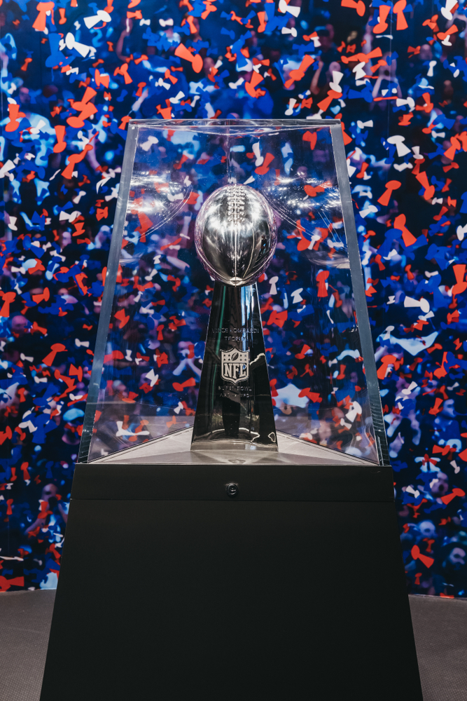 Is there anything better than a great Super Bowl party? These Super Bowl party ideas will make sure you have the best party around.  You can even make your own Super Bowl trophy.