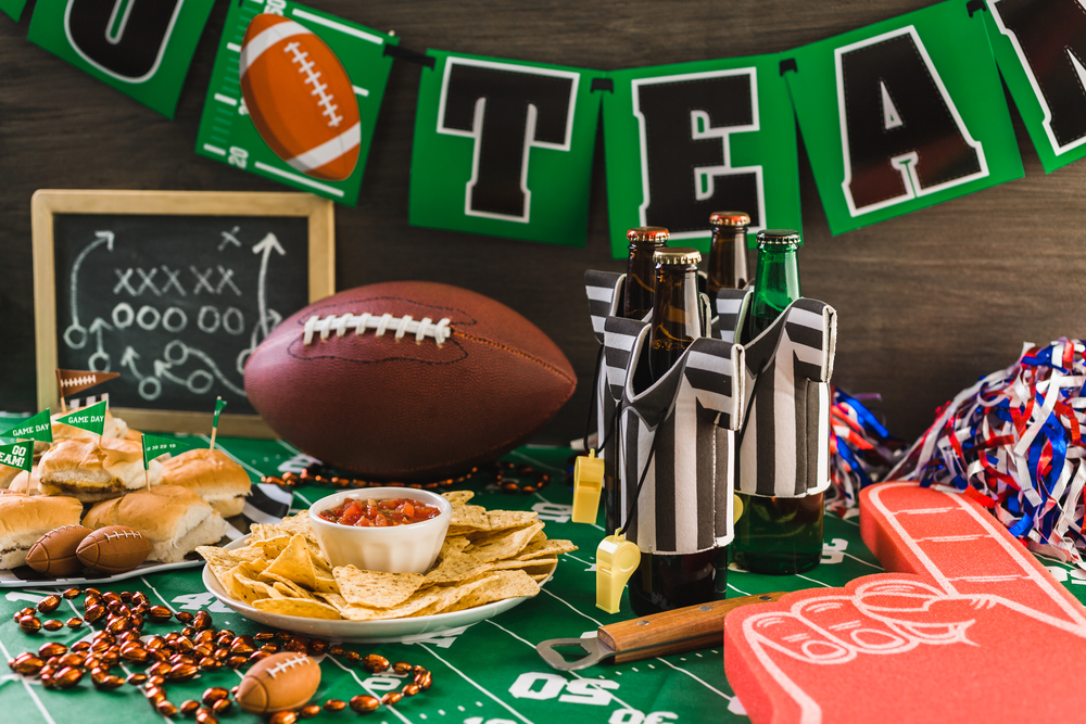 Is there anything better than a great Super Bowl party? These Super Bowl party ideas will make sure you have the best party around. Make sure you have a football themed party table out.